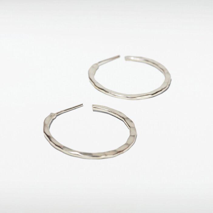 Boucles d'oreilles créoles couleur argent femme