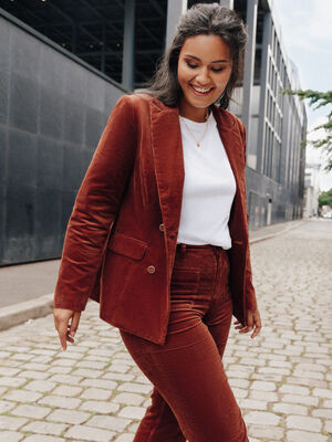 Pantalon flare velours cotele marron fonce femme
