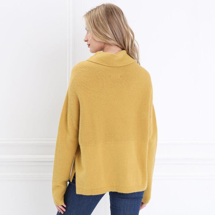 Pull manches longues col roulé jaune femme