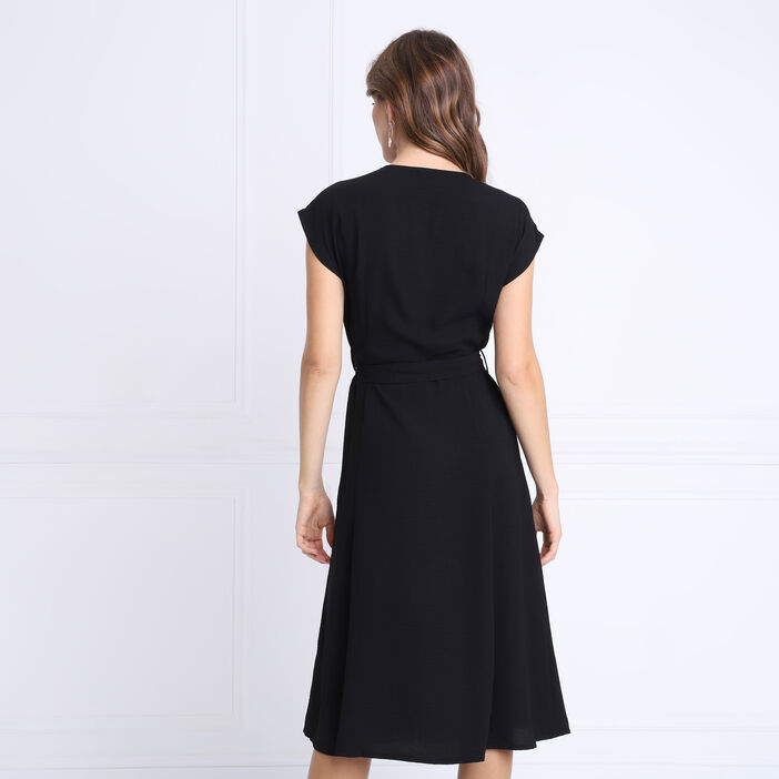 Robe cintrée col V noir femme