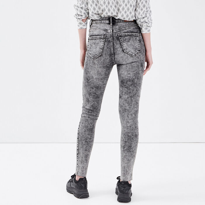 Jeans skinny 7/8ème destroy denim snow gris femme