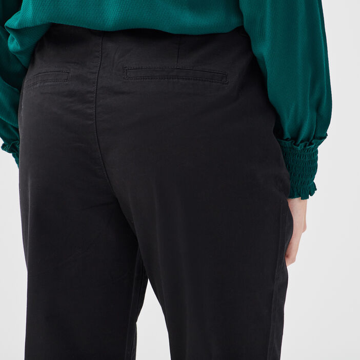 Pantalon chino 7/8ème noir femme