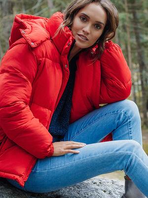 Doudoune a capuche rouge femme