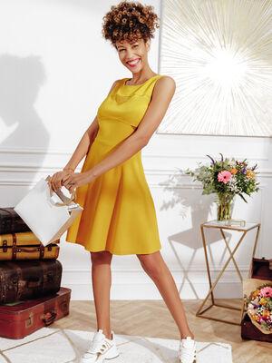 Robe evasee avec bretelles jaune fonce femme