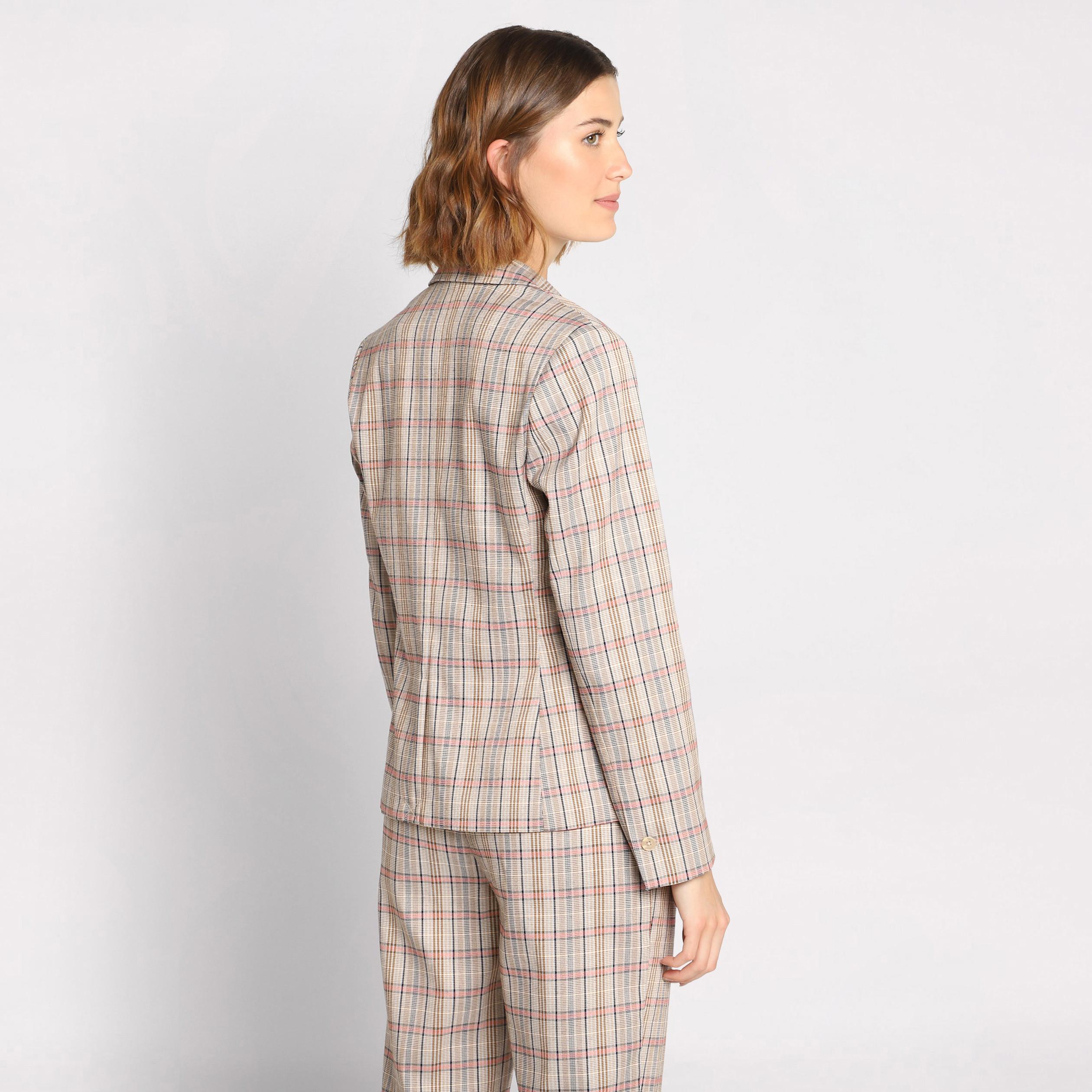 code promo fréquent profitez de la livraison gratuite Veste blazer cintrée boutonnée beige femme