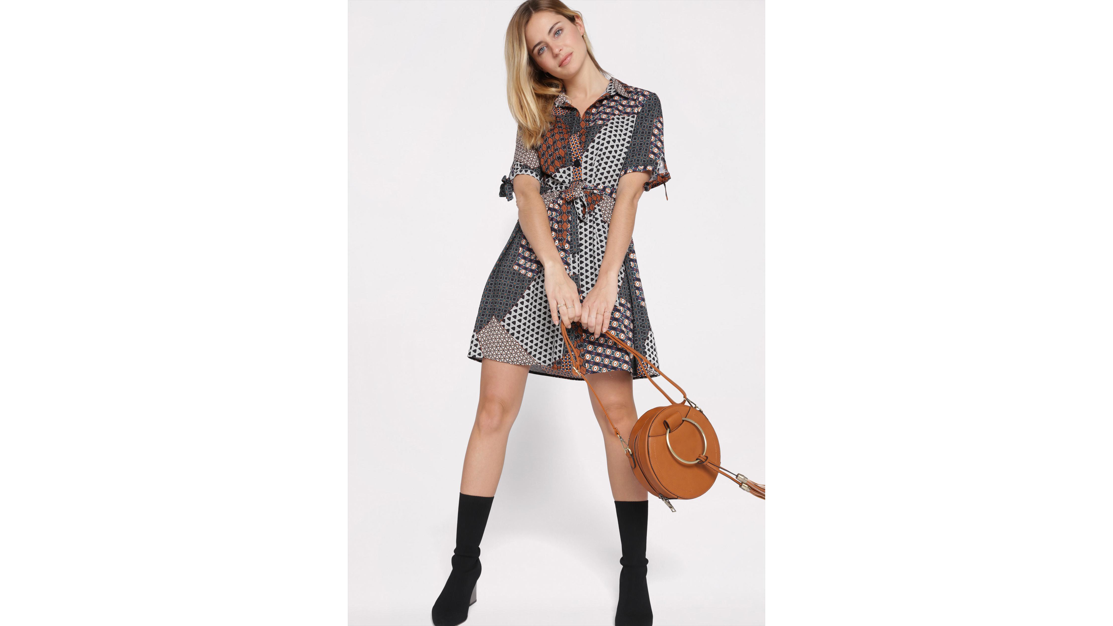 divers design vente énorme vente professionnelle Sac besace rond avec pompons femme